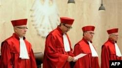 Sudije nemačkog Ustavnog suda saopštavaju odluku o pomoći Grčkoj