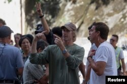 ABD'li yönetmen Michael Bay, Transformers: Kayıp Çağ filminin setinde.
