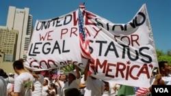 Inmigrantes reclaman la posibilidad de acceder a estatus legales para residir en Estados Unidos.