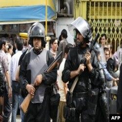 وقايع روز: «ديلی تلگراف: عذرخواهی مخالفان دولت برای اشغال سفارت»