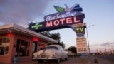 Tucumcari's Blue Swallow motel