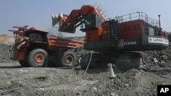 2011年4月中国最大的金属贸易公司为在赞比亚的春分矿物股份有限公司提供$65亿美元