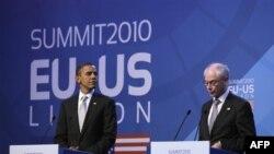 Президент США Барак Обама і президент Європейської Ради на саміті США-ЄС минулого року у Лісабоні.
