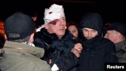 10일 일어난 시위로 유리 루트센코 전직 내무부 장관이 크게 다쳤다.