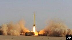 伊朗成功發射短程彈道導彈