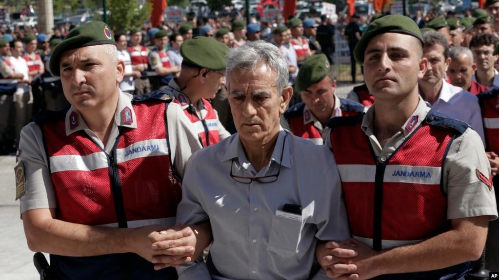 Turqi, 500 të dyshuar në gjyq për pjesëmarrje në grushtshte