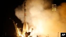 Roket Soyuz-FG milik Rusia akan terbang menuju Stasiun Antariksa Internasional (ISS) dari Kazakhstan. (Foto: Dok)