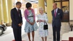 پرزیدنت اوباما به اتفاق میشل اوباما بانوی اول آمریکا در سفر رسمی خود به بریتانیا در کاخ باکینگهام، ۲۴ مه ۲۰۱۱