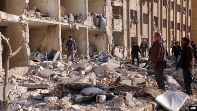 Ledakan di Universitas Aleppo, Suriah hari Selasa (15/1) menewaskan sedikitnya 52 orang.