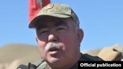 پیش از این جنرال عبدالرشید دوستم از سوی احمد ایشچی به آزار و اذیت جنسی متهم شده بود.