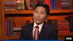 ကိုေနလင္းစိုး (၂၀၁၆ Charles T. Manatt ဒီမိုကေရစီဆုရွင္)