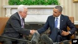 바락 오바마 미국 대통령(오른쪽)이 17일 워싱턴 백악관에서 마흐무드 압바스 팔레스타인 자치정부 수반과 회담했다.