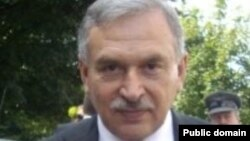 دکتۆر شیروان موفتی