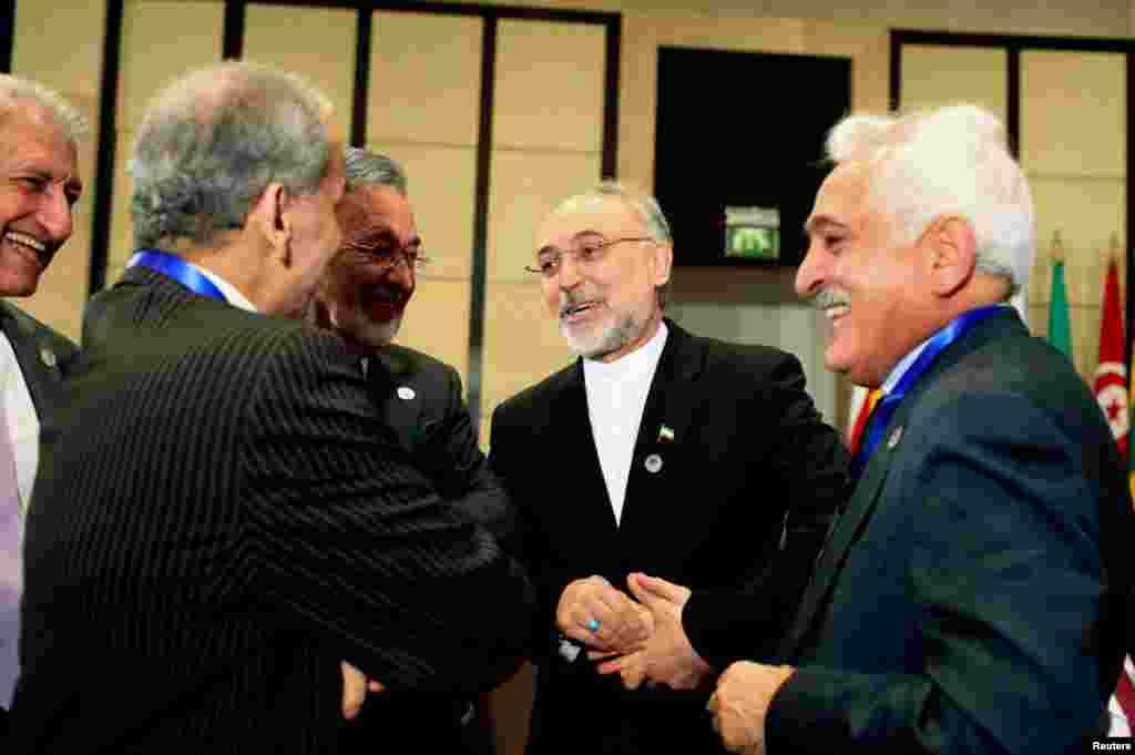이슬람협력기구 정상회의(OIC)에 참석한 알리 아크바르 살레히 이란 외무장관.