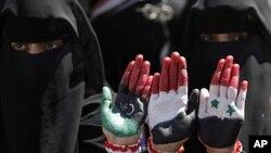 也門人要求總統薩利赫下台。