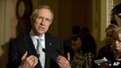 Leader of Democrats in US Senate, Harry Reid, speaks after Senate voted to launch debate health care legislation, 21 Nov 2009