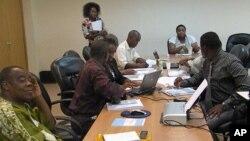 Jornalistas independentes e membros da sociedade civil durante um forum da Open Society em Luanda (Arquivo)