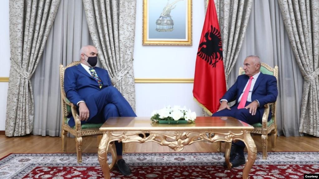 Tiranë: Presidenti Meta dekreton kryeministrin Rama për një mandat të tretë