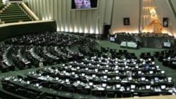 لس آنجلس تایمز: یکی از نمایندگان مجلس از سوی رهبر جانشین احتمالی احمدی نژاد شده بود