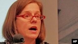 布鲁金斯学会约翰桑顿中国中心研究员埃丽卡.唐斯