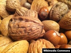 "Nuts and seeds are ""good"" foods that are undereaten by Americans, a study says."