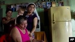 Maria Alvarenga, mẹ ông Jose Salvador Alvarenga, nhất mực tin rằng ông còn sống.