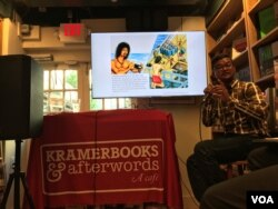 """Prum Vannak Anan, author of """"The Dead Eye and The Deep Blue Sea' book, gave a talk about his graphic novel, at Kramerbooks and Afterwords Cafe in Washington DC, May 15, 2019. (Say Mony/VOA Khmer"""
