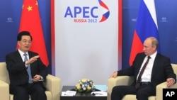 Председатель КНР Ху Цзиньтао и президент России Владимир Путин