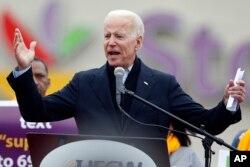 លោក Joe Biden ក្នុងយុទ្ធនាការឃោសានបោះឆ្នោតឆ្នាំ ២០២០។