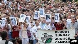 """Демонстрация в Лондондерри 15 июня 2010 года в память о """"кровавом воскресенье"""""""