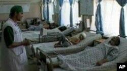 مجروحین حادثۀ واژگون شدن موتر در ولایت قندهار