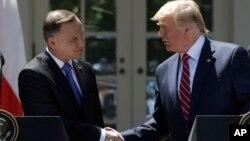 پرزیدنت ترامپ در کنفرانس خبری با آندری دودا رئیس جمهوری لهستان در کاخ سفید
