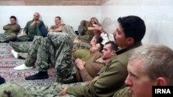 تفنگداران دریایی آمریکا که توسط سپاه دستگیر شده بودند، بعد از یکروز آزاد شدند.