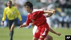 지난 2008년 뉴질랜드에서 열린 17세이하 여자월드컵 결승전에 출전한 북한 선수. (자료사진)