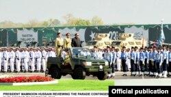 د پاکستان موجود صدر ممنون حسین چې د پاکستان مسلم لیگ (ن) په حکومت کې منتخب شوی دی