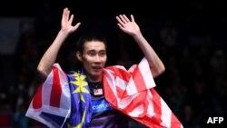Pebulu tangkis Malaysia, Lee Chong Wei, saat merayakan kemenangan atas pebulu tangkis China, Lin Dan, dalam laga tunggal putra All England, di Birmingham, Inggris, 12 Maret 2017.