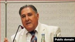 Dr. Kemal Sîdo