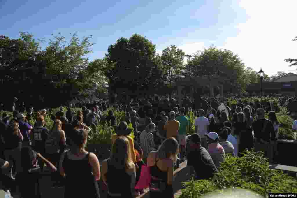 Peaceful protests in Harrisonburg