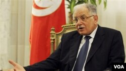 Menteri Luar Negeri Tunisia, Kamel Morjane mengundurkan diri, Kamis 27 Januari 2011.