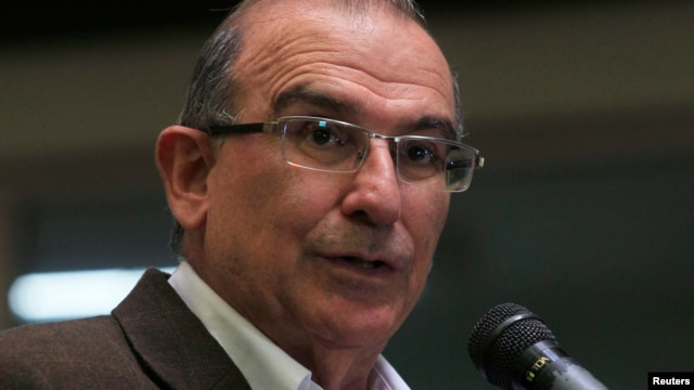FILE - Colombia's lead government negotiator Humberto de la Calle addresses the media during a conference in Havana, March 21, 2013.