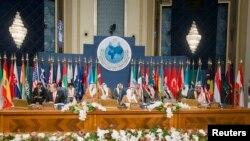 쿠웨이트에서 15일 시리아 난민 지원을 위한 국제회의가 열렸다. 각 국은 올해 65억 달러를 지원하기로 결정했다.