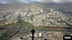 نمایی از شهر تهران از فراز برج میلاد
