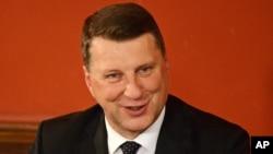 Раймонд Вейоніс