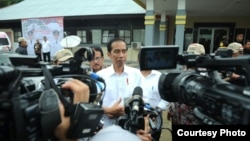 Presiden Joko Widodo apreasiasi penanganan bom di Tangerang selatan oleh Densus 88 Anti Teror Polri, Rabu (21/12). (Biro Kepresidenan).