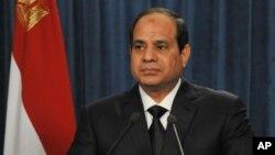 Presiden Mesir, Abdel Fattah el-Sisi menyampaikan pidato nasional di televisi (foto: dok).