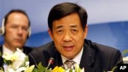 图为担任中国商务部长时的薄熙来资料照
