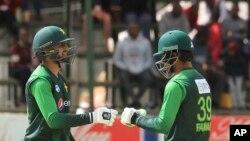 فخر زمان اور شعیب ملک کی بہترین پارٹنر شپ کی بدولت میچ میں فتح پاکستان کے لیے ممکن ہوسکی۔