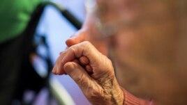 Një grup të moshuarish tërheq vemendjen e shkencëtarëve