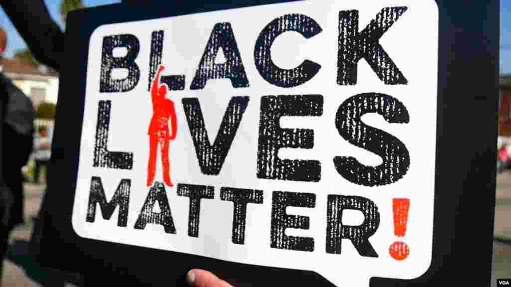 黑人生命一样要紧的海报(美国之音国符拍摄)