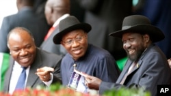 Goodluck Jonathan, President of Nigeria (center), in Nairobi, Kenya, Dec. 12, 2013.